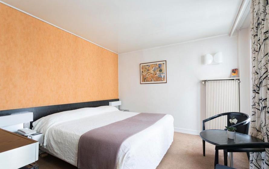 EADV 2018 第27回欧州皮膚科・性病学会議 宿泊ホテルイメージ