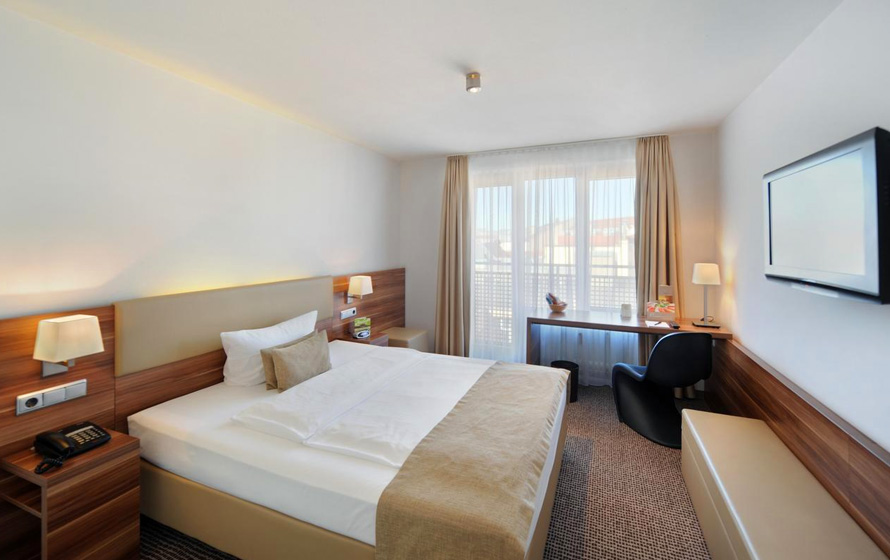 OPTI 2019 宿泊ホテルイメージ